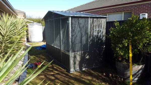 Gable Wire Aviary Bird Enclosure