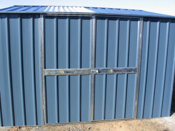 Double Door Gable Roof with Skylight