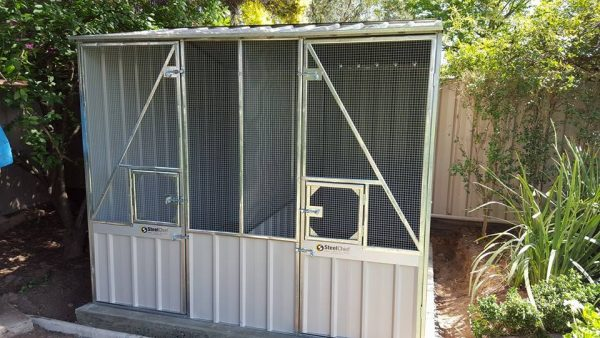Aviary or Chicken Coop with Divider and Hatch