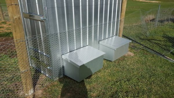 Zinc Chicken Coop With Layer Boxes