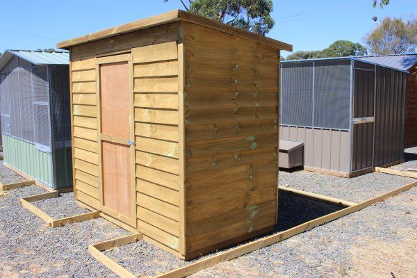 Narrow Timber skillion shed